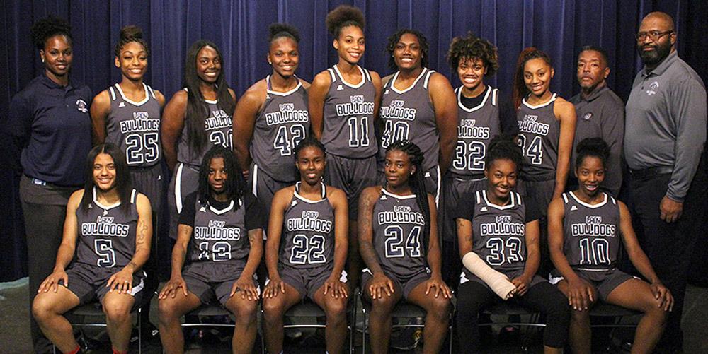 2018-19 Women's Basketball team